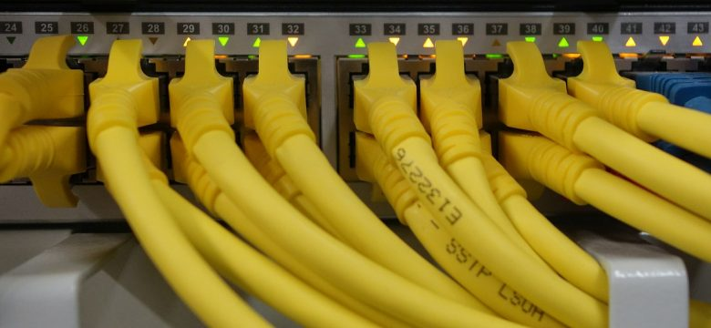 network-cables-499792_1920